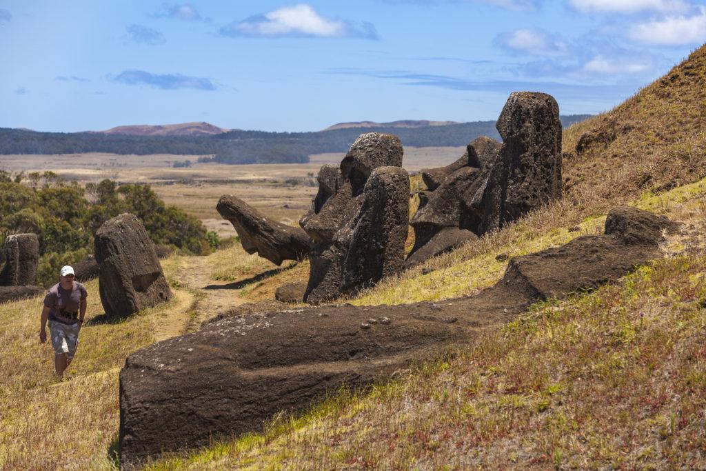 Wyspa Wielkanocna - wyprawa, jaskinie Rapa Nui